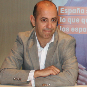 """""""Métanse en sus asuntos"""" - Artículo de Rafael Velasco en El Norte de Castilla"""