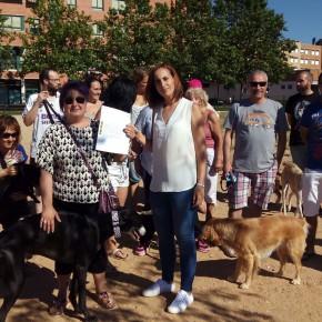 Ciudadanos atiende las necesidades de los vecinos de Parque Alameda