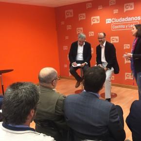 """Luis Garicano: """"Impulsaremos por toda España leyes de protección a los denunciantes de corrupción como la aprobada en Castilla y León"""""""