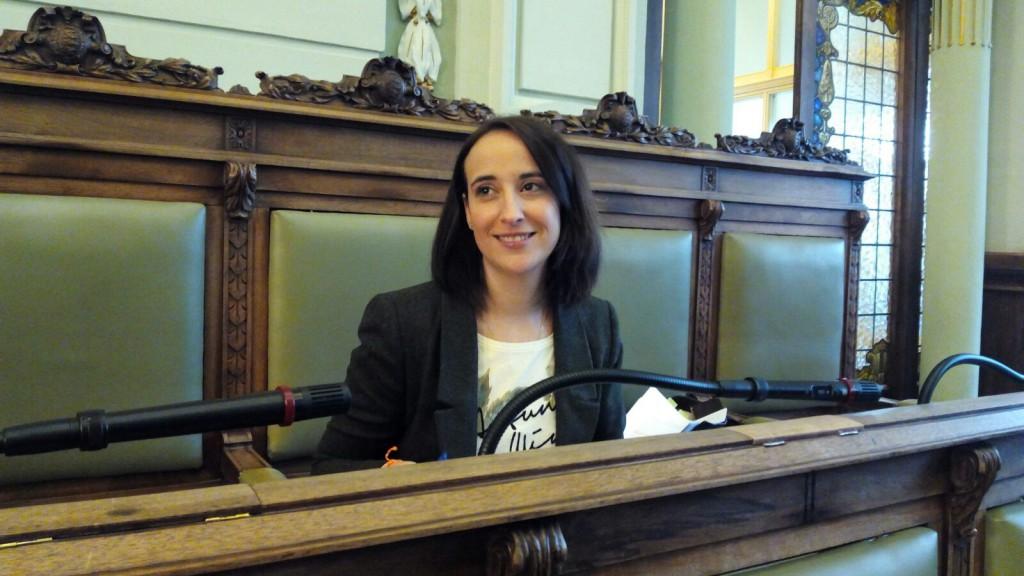 Pilar Vicente durante el Pleno Extraordinario