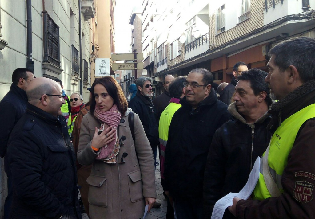 Pilar Vicente junto a Comité Empresa Renfe