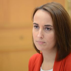 """Pilar Vicente (Cs) denuncia las """"mentiras"""" de la Concejalía de Educación"""