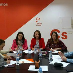 """Pilar Vicente: """"Nuestro objetivo en 2019 es gobernar en más municipios de la provincia de Valladolid"""""""