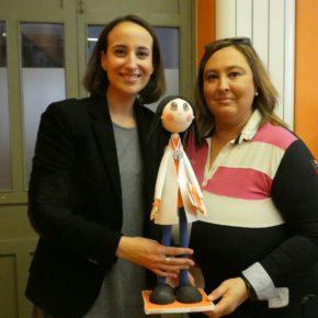 Pilar Vicente visita el Taller Ocupacional de Nava del Rey