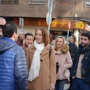 """Pilar Vicente (Cs) critica la """"dejadez y abandono"""" de Puente en la pasarela peatonal que une La Rubia con Arturo Eyries"""