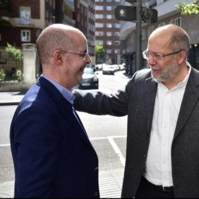 """Martín Fernández propone rutas comerciales """"zonas de desarrollo empresarial"""" como """"soluciones reales"""" para """"un centro del siglo XXI"""""""