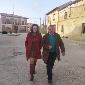 La Vicepresidenta de la Diputación visita Valverde de Campos para escuchar los problemas de sus vecinos y ayudar a ponerlos fin