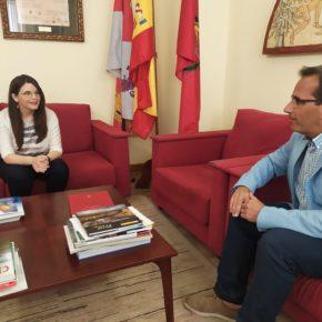 La Vicepresidenta de la Diputación se reúne con el Delegado Territorial de la Junta para abordar temas provinciales y buscar soluciones conjuntas