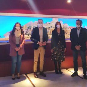 Gema Gómez y Nuria Duque participan en la inauguración del Belén Bíblico Monumental que se expondrá el la sala Teresa Ortega Coca hasta el 6 de enero