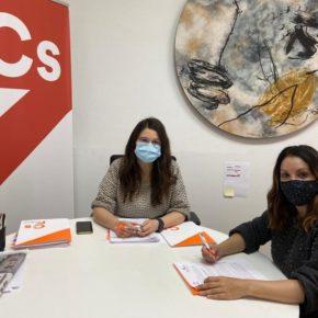 La Portavoz del partido se reúne con la edil naranja de Fuensaldaña para establecer de manera conjunta las próximas actuaciones en el municipio