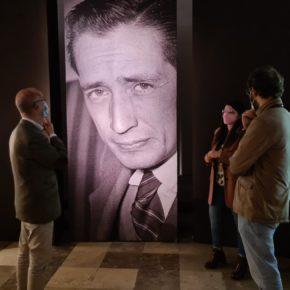El Grupo Municipal de Ciudadanos en Valladolid, formado por Fernández, Gómez y Vicente, visita la exposición de Delibes en la Sala La Pasión
