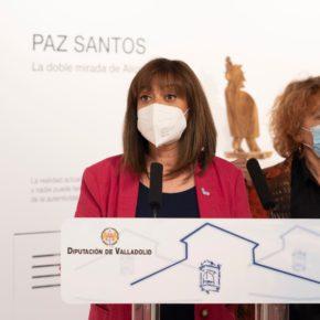 Nuria Duque inaugura la exposición 'La doble mirada de Alicia',  de la artista Paz Santos, en la sala Teresa Coca, del Palacio Pimentel
