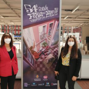 Las Diputadas de Ciudadanos Gema Gómez y Nuria Duque, participan en la inauguración de la 54° Feria del Libro de Valladolid.