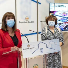 Nuria Duque y Marta Barrigón presentan la programación de la XVI Edición de la muestra internacional 'El Arte está en lacalle' de Cigales